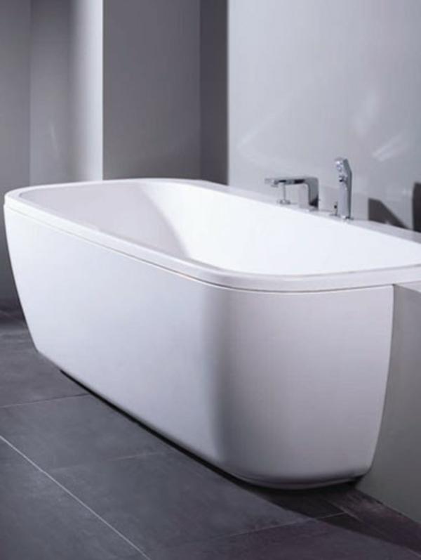 moderne-und-interessant-gestaltete-badewannen-mit-schürze