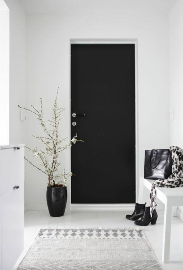 elegante Einrichtung in Weiß und Schwarz