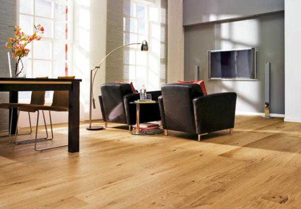 mood_parkett-gemütliche-warme-Atmosphäre-in-der-Wohnung-mit-Parkett