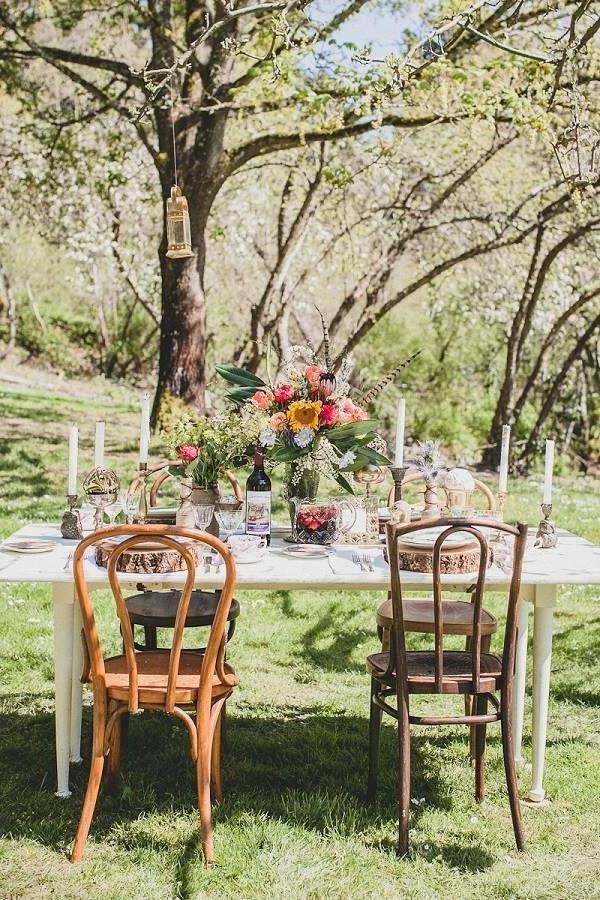 natürliche-Tischdeko-Hochzeitsideen-für-eine-unvergessliche-Hochzeit-Tischdeko