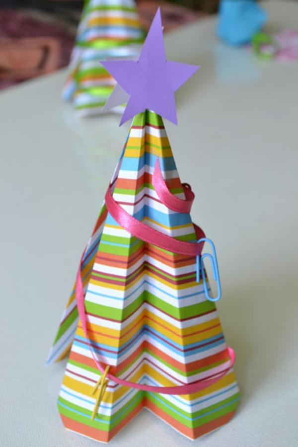 origami-zu-weihnachten-moderne-dekoration - lila stern