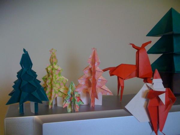 origami-zu-weihnachten-tannenbäume-damhirsche