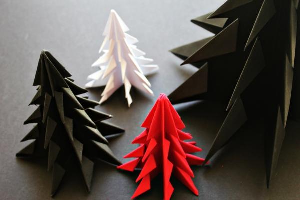origami-zu-weihnachten-tannenbäume-in-verschiedenen-farben - ganz schön