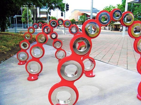 originelle-Fahrrad-Ständer-mit-coolem-Design