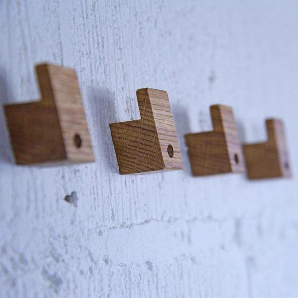 originelle-Garderobenhaken-aus-Holz
