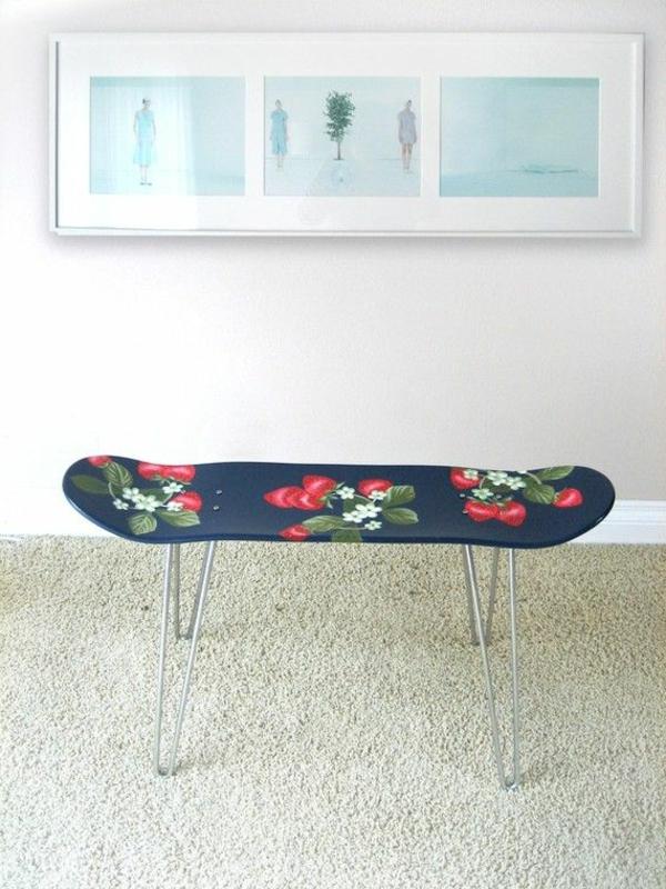 originelle--Sitzbank-aus-Holz-für-einen-tollen-Flur