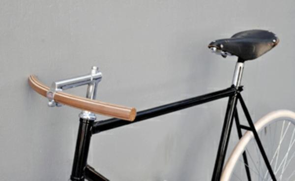retro-fahrräder-grauer-hintergrund - schickes aussehen