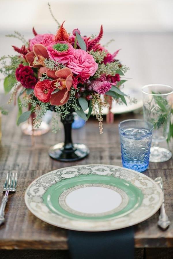 Vintage Tischdeko zur Hochzeit - 100 faszinierende Ideen!