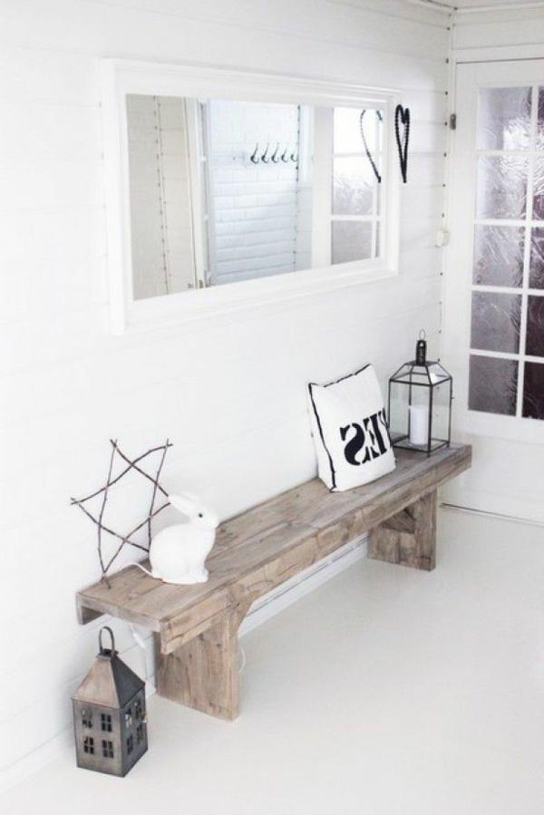 rustikaler-Stil-Sitzbank-aus-Holz-für-einen-tollen-Flur
