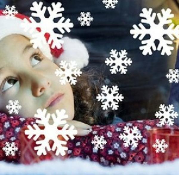 süße-schneeflocken-fensterdeko-zu-weihnachten