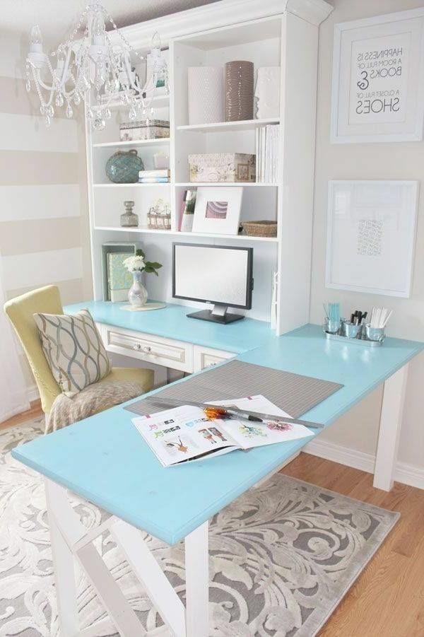 schöne-Ideen-für-das-Interior-Schreibtisch-Hellblau