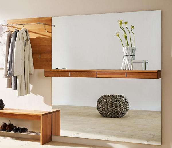 schöne-Ideen-für-das-Interior-mit-Holzmöbeln-für-den-Flur-Vorraum-Design-Sitzbank-Flur