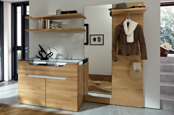 -schöne-Ideen-für-das-Interior-mit-Holzmöbeln-für-den-Flur