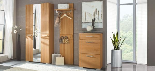 -schöne--Ideen-für-das-Interior-mit-Holzmöbeln-für-den-Flur