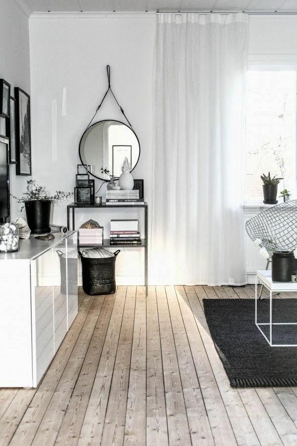 schöne-Ideen-für-das-Interior-mit-Parkett-und-Teppich-in-Schwarz