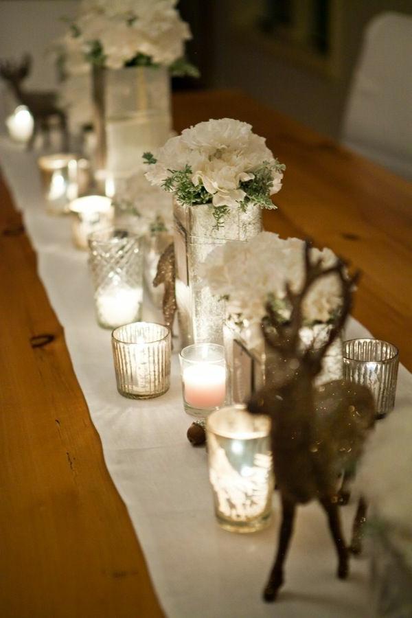 schöne-Tischdeko-zum-Weihnachten-mit-wunderschönen-Dekorationen
