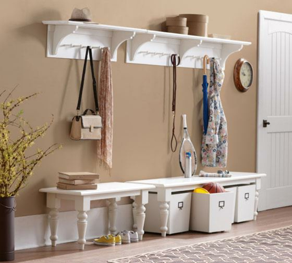 schöne-Wohnideen-für-Zuhause-Flur-mit-modernen-Möbeln--