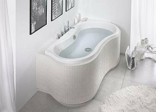 schönes-design-von-badewanne-mit-schürze