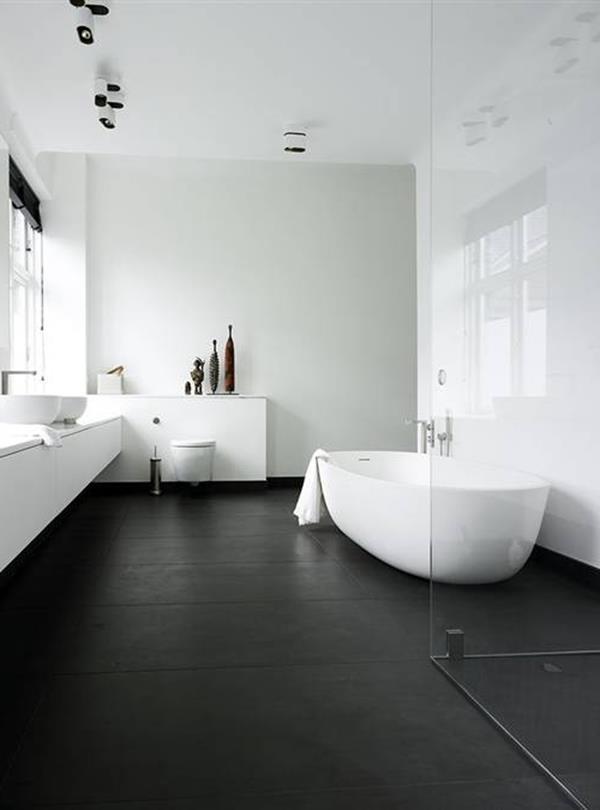 Schön Badezimmer Schwarzer Boden Weiße Wand