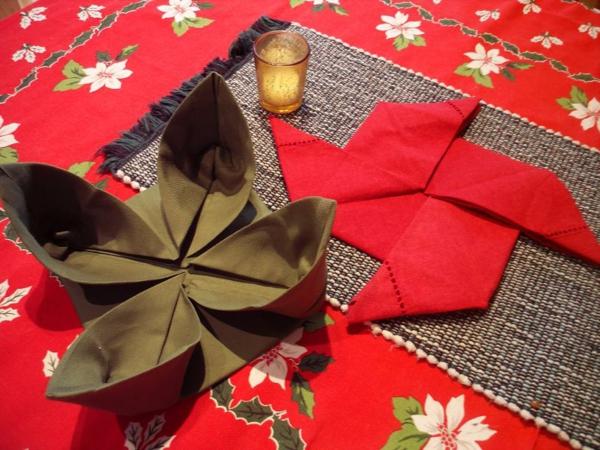 servietten-falten-weihnachten-dekoration-interessante-gestaltung