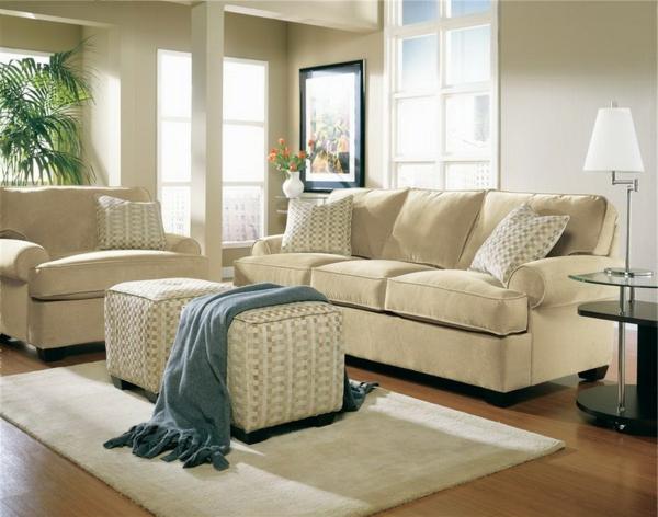 wohnzimmer einrichten - nesttisch in weißer farbe