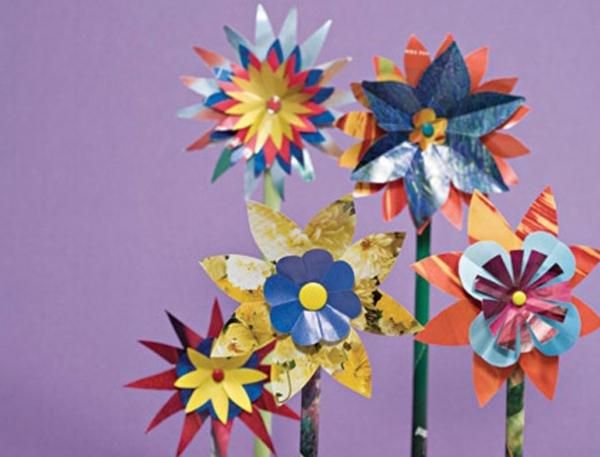 bastelideen für kindergarten - diy idee für bunte papier blumen