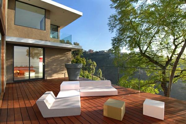 ultra-moderne-und-stilvolle-Terrassengestaltung-