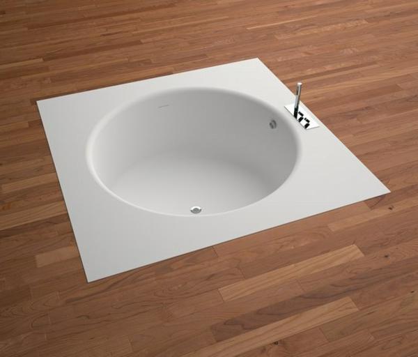 Ultramoderne Kleine Eingebaute Badewanne