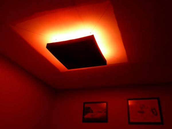 ultramoderne-led-deckenlampe