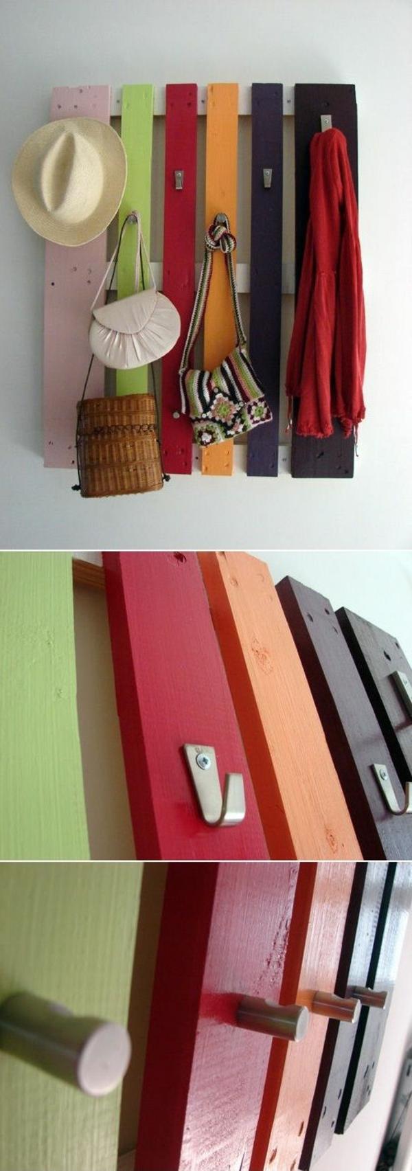 wandhaken-in-verschiedenen-farben-aus-holzpaletten