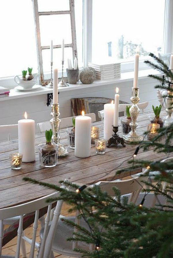 weiße-Kerzen-Weihnachtsdeko-günstig-Weihnachtsdeko-selber-machen-Deko-für-Tisch