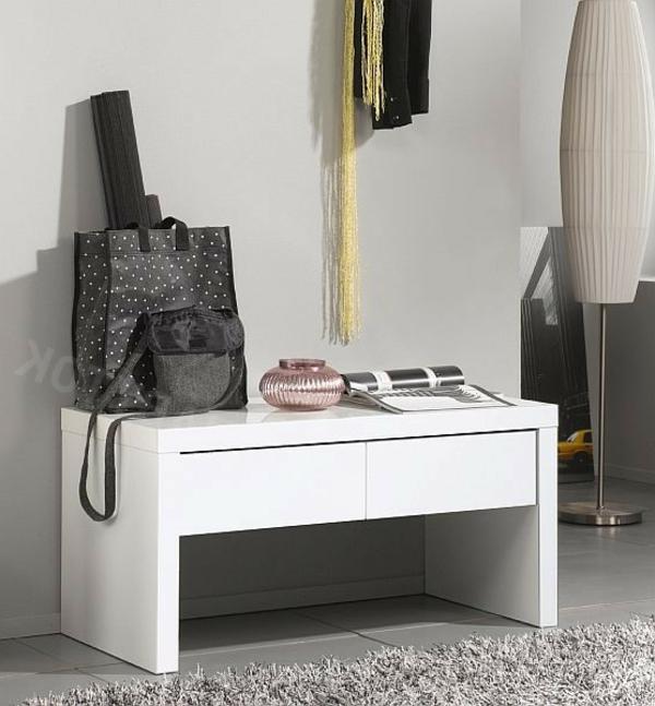 weiße-Sitzbank-Flur-fantastisches-Design