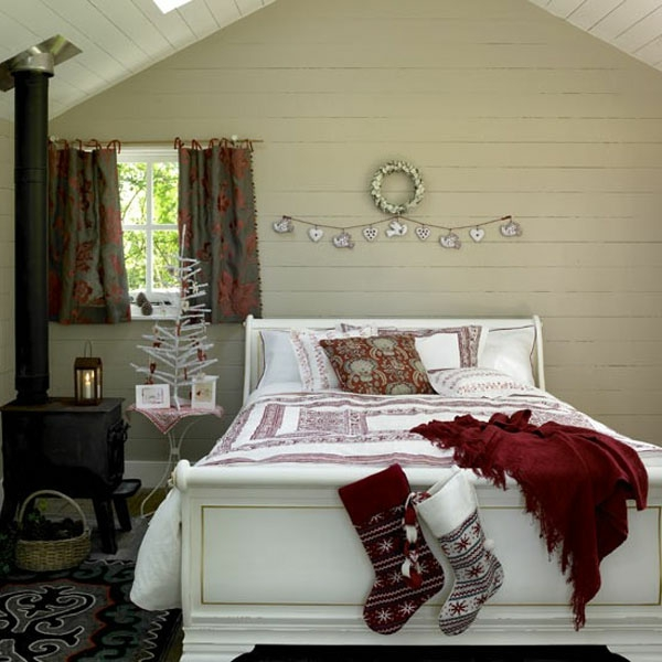 weihnachtsdeko-ideen-elegantes-schlafzimmer