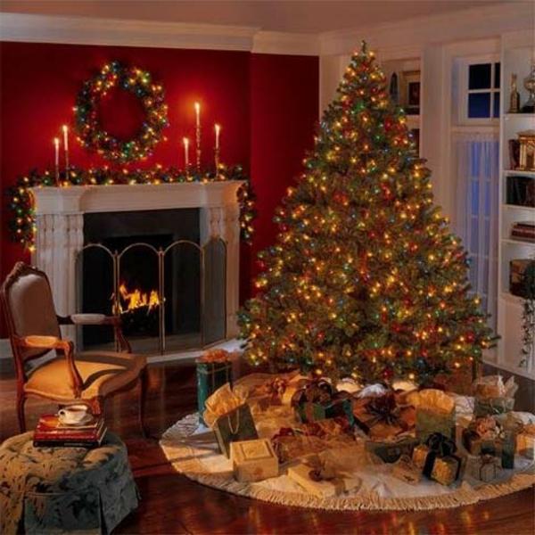 weihnachtsdeko-ideen-großer-tannenbaum