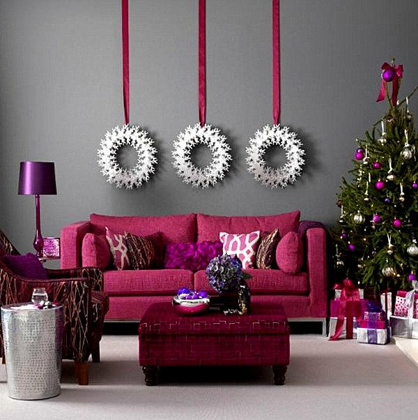 weihnachtsdeko-ideen-rosiges-sofa