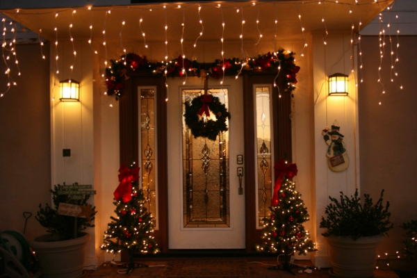 weihnachtsdeko-ideen-viele-süße-leuchten