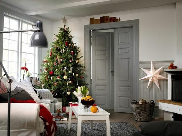 weihnachtsdeko-ideen-weißes-schickes-zimmer