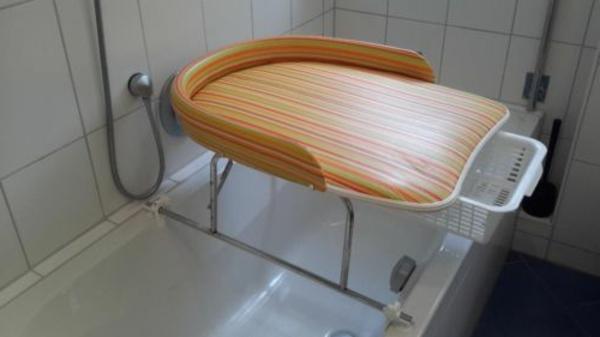 wickeltisch-mit-badewanne-super-schön