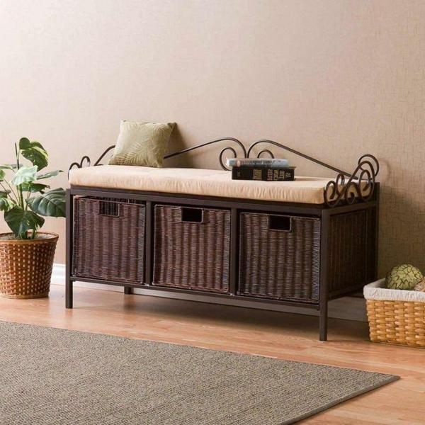 wunderbare-Sitzbank-aus-Holz-für-einen-tollen-Flur