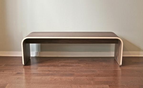 wunderbare-Sitzbank-für-den-Flur-mit-tollem-Design