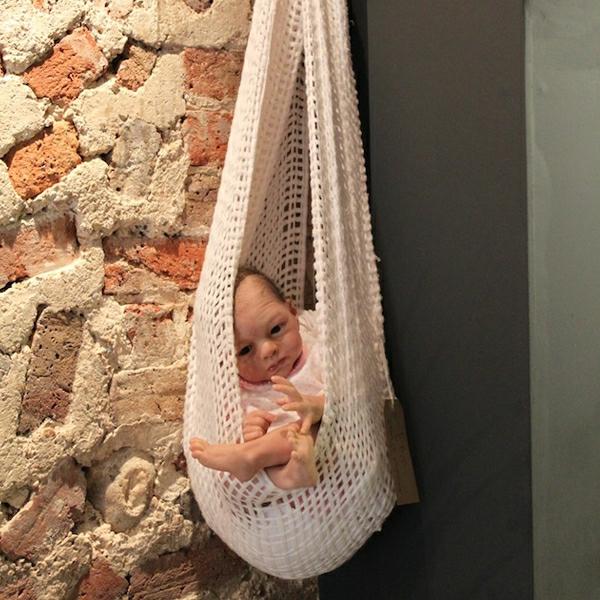 wunderschöne-moderne-baby-hängematte
