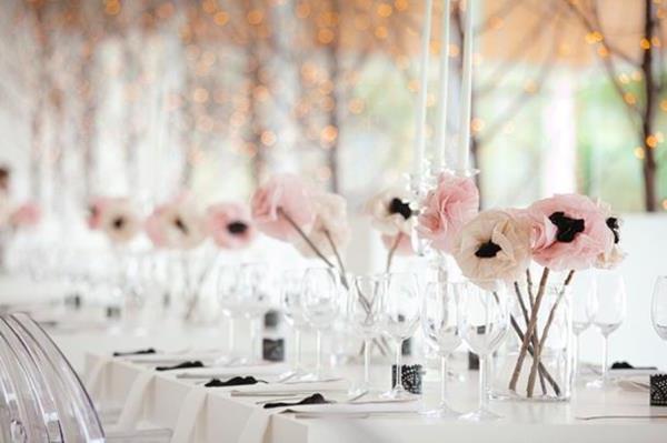 zarte-rosa-Blumen-Hochzeitsideen-für-eine-unvergessliche-Hochzeit-Tischdeko