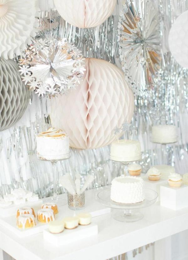 zauberhafte-Silvester-Dekoration-Ideen-in-Pastellfarben-Silvester-Tischdeko