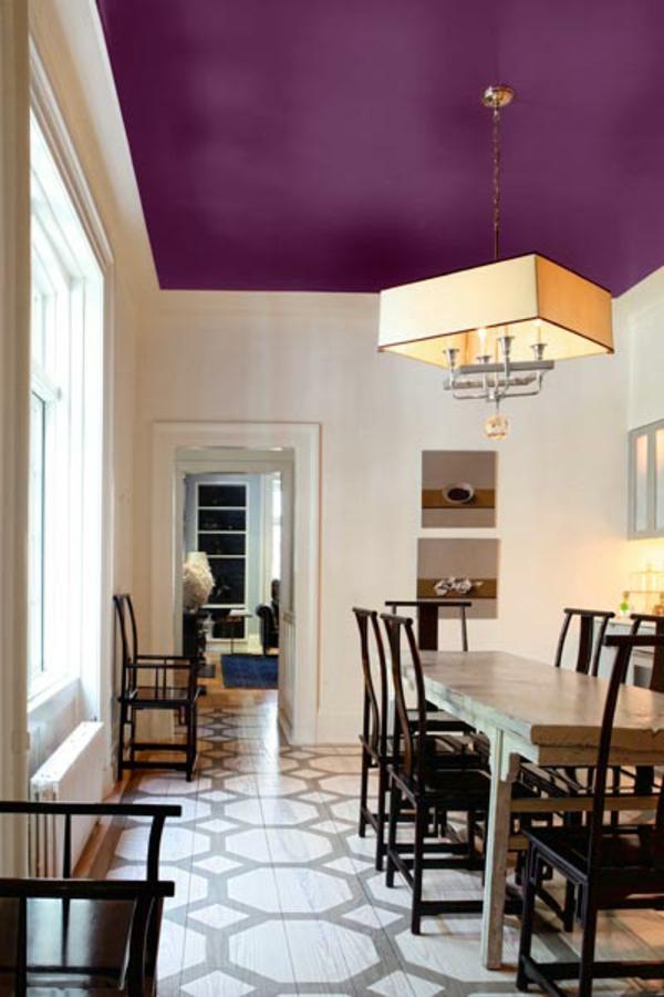 zimmerdeckestreichen - lila akzent im esszimmer