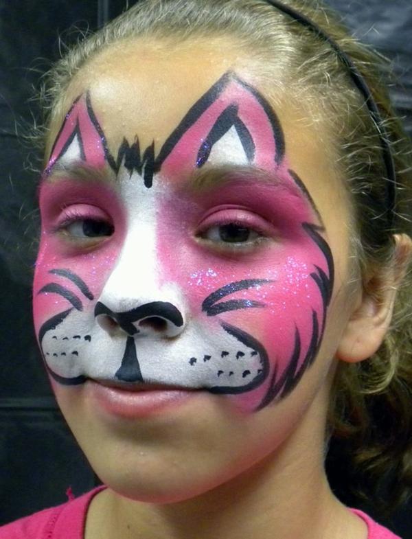 katzeschminken in rosiger farbe - kreativer look