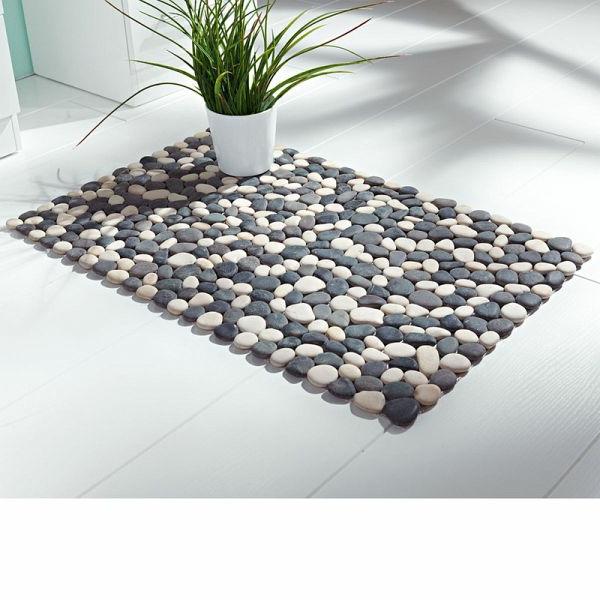 steine-teppich-badezimmer