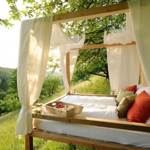 Himmelbett für magische Momente im Garten