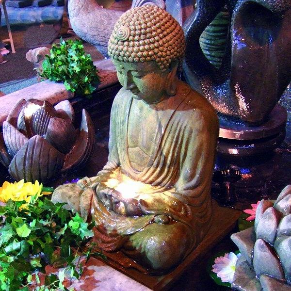 Buddha-Brunnen-schönes-foto