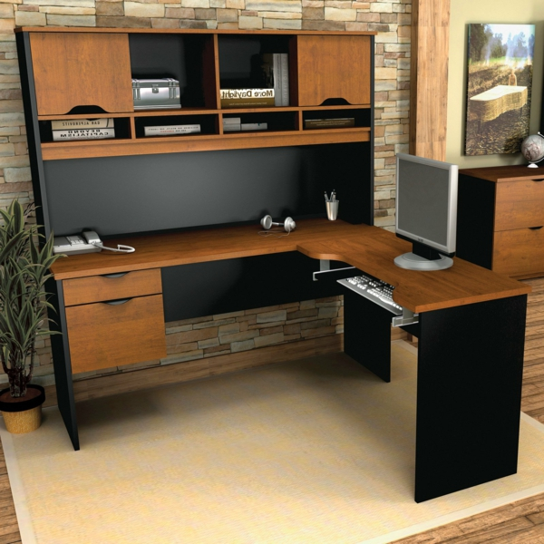 eckschreibtisch holz neuesten design kollektionen f r die familien. Black Bedroom Furniture Sets. Home Design Ideas