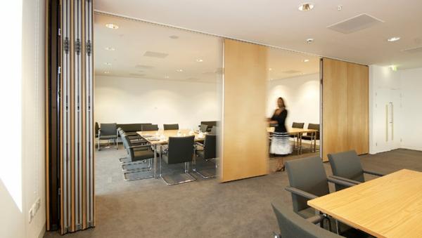 Trennwand f r eine moderne und funktionelle innengestaltung - Einrichtungsideen raumteiler ...